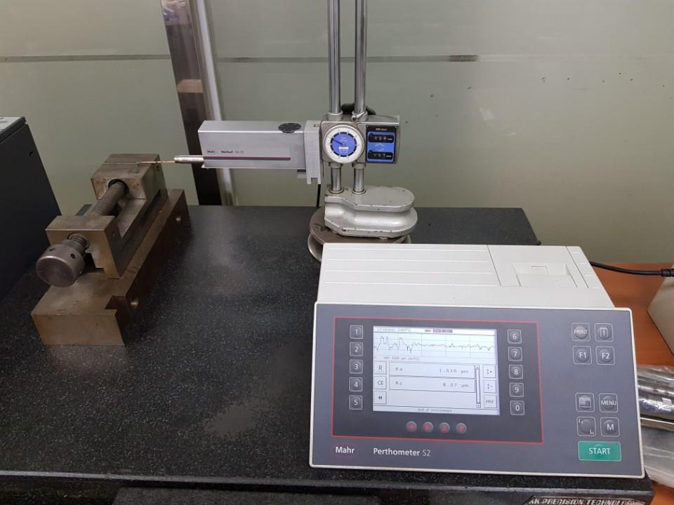 표면거칠기측정기(Mahr)